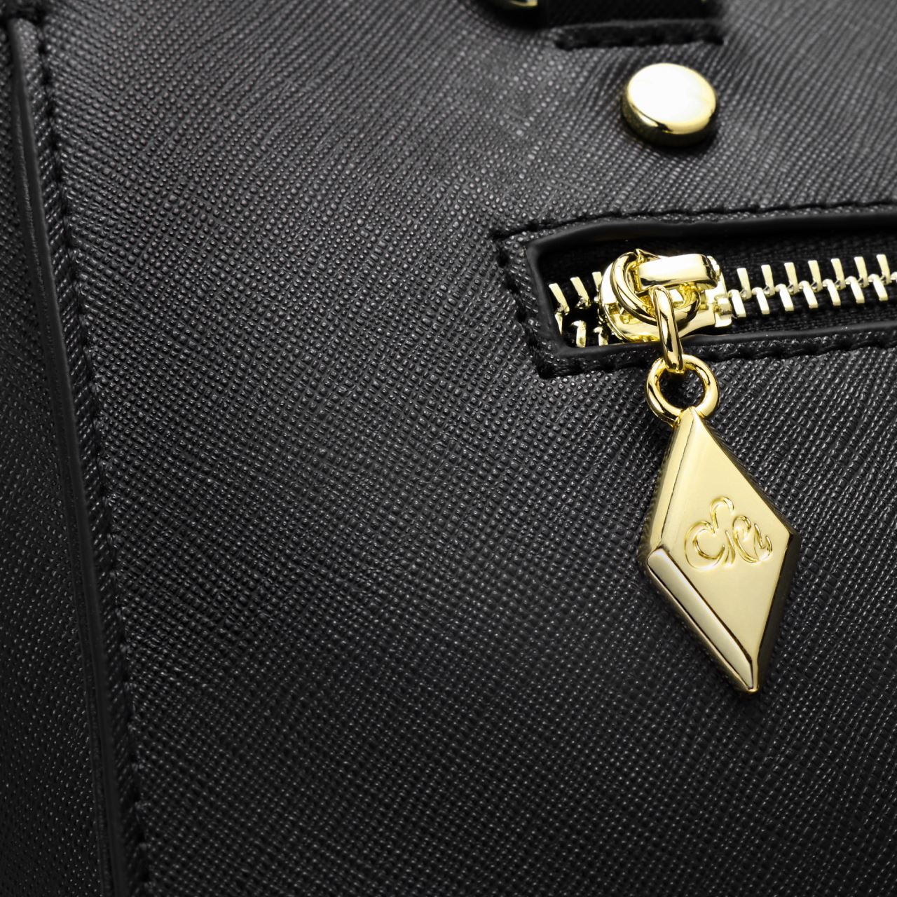 d7c724b30ecc9 C iel Aniyah negru geanta tote din piele saffiano - Ciel Bags